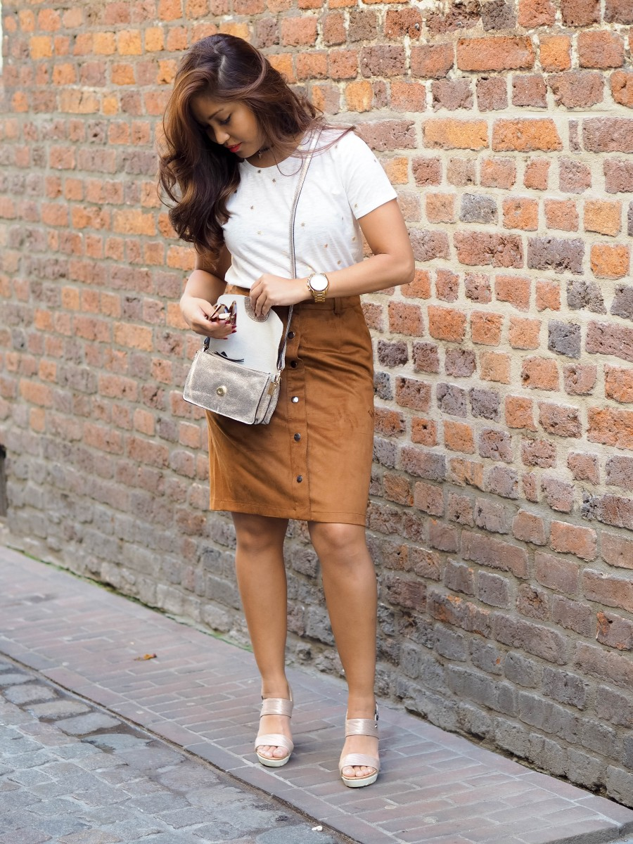 How I wear a button-front A-line skirt